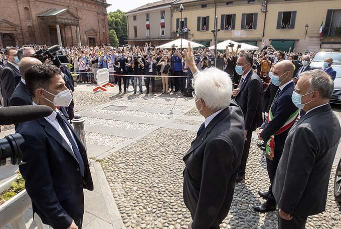 Mattarella in visita a Codogno: riparte l'Italia del coraggio